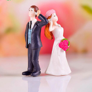 Sweet Lovely Custom Made Wedding Party Action Figure Model The Bride and The Bridegroom Action Figurines Plastic for Wedding Gift Decoration