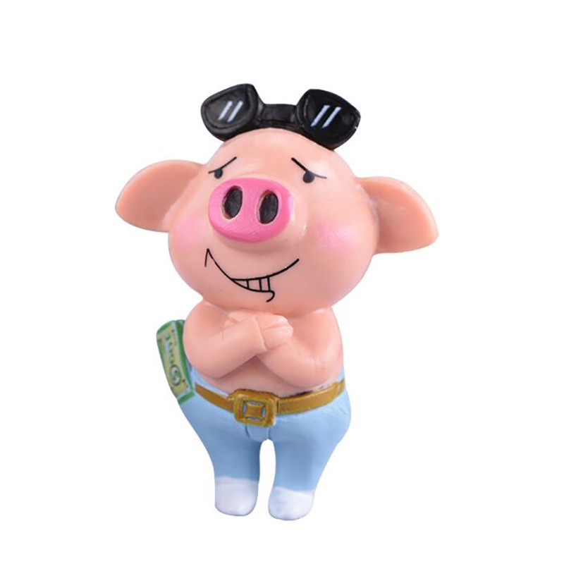 OEM/ODM 3D Car Table Decoration Animal Toy Figures Plastic Pig Action Figure